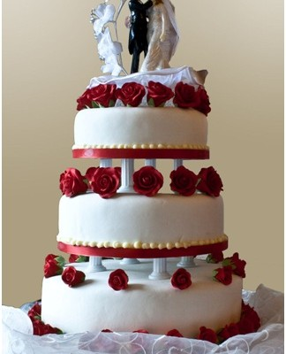 The Great Cake-Off: Why Wedding Cake Designers Really Add Value
