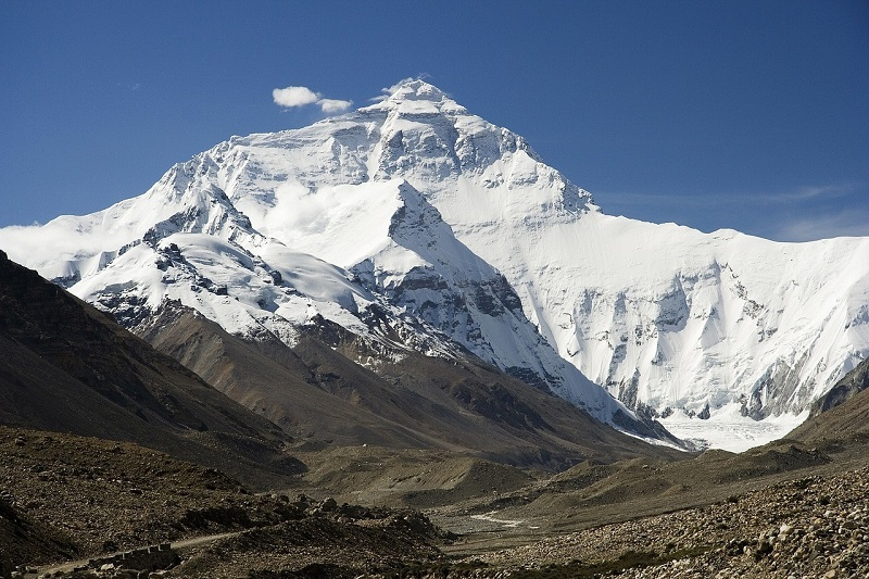 How many deaths have avoided moving in the conquests of the world's most dangerous mountains