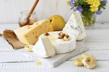 a-normal-or-low-fat-cheese-how-this-information-affects-our-cholesterol