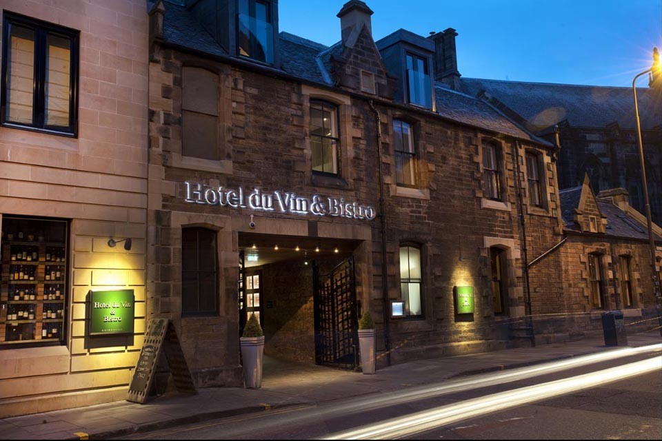 terrifying-five-hotels