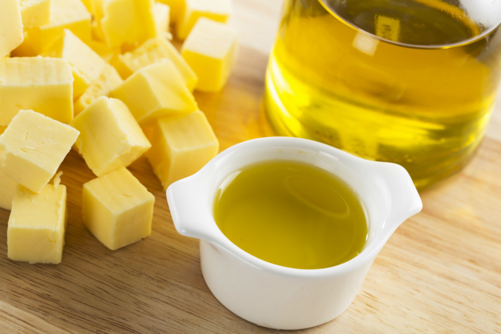 How to replace butter with oil in baking recipes