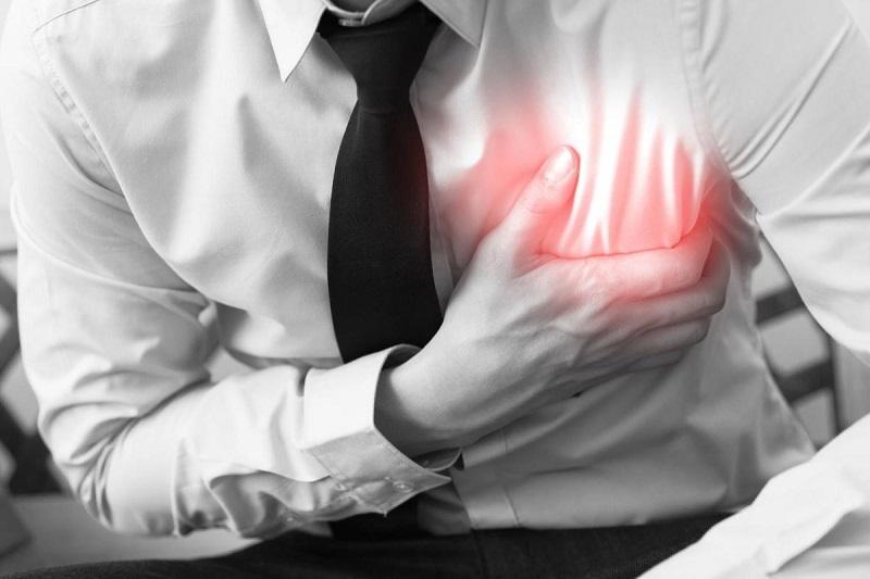 11 Natural remedies to combat heartburn