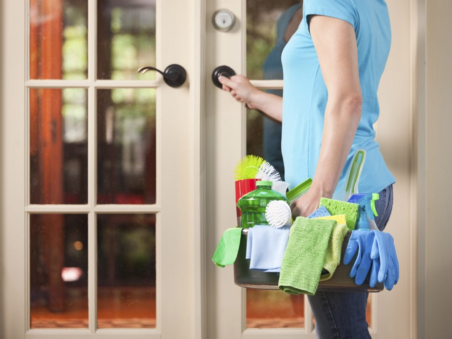 10 things that you should not miss in your home cleaning kit