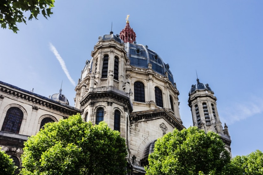 beautiful churches in Paris