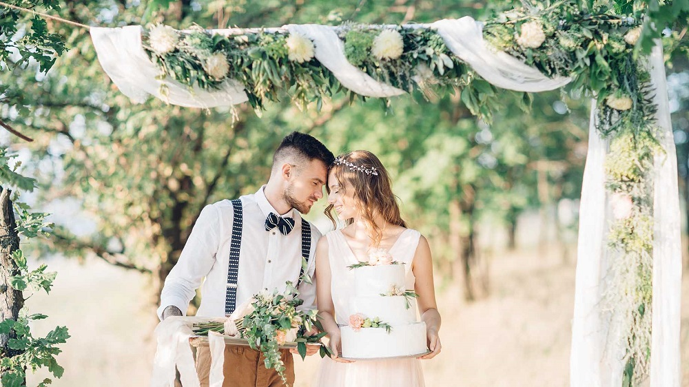 10 tips on how to save at the wedding ceremony