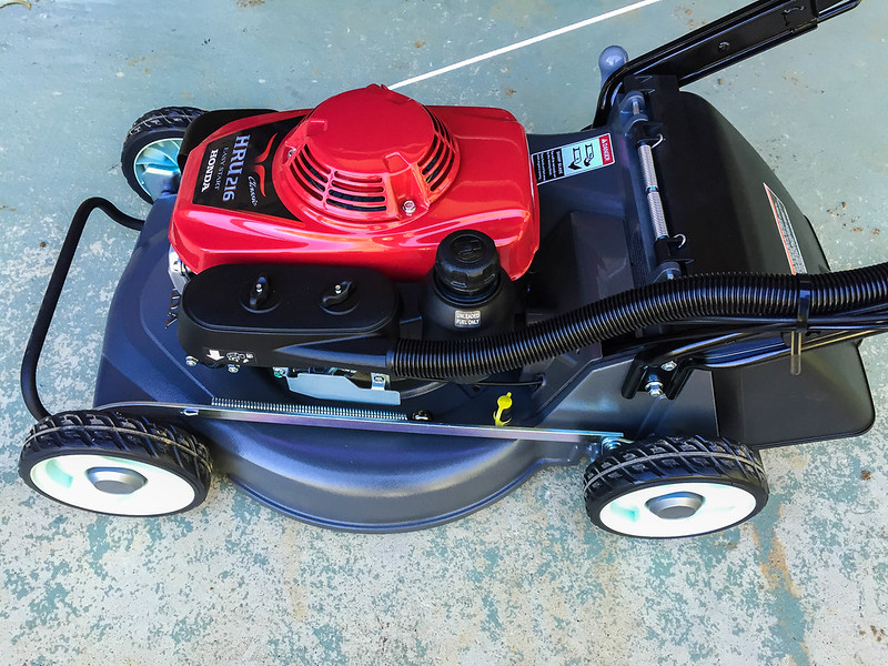 Three considerations when choosing a new lawnmower